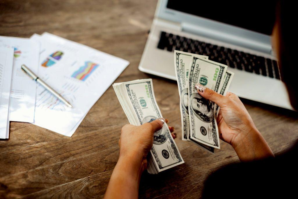 Đầu tư những cách làm giàu ít vốn nào nhanh nhất hiện nay - BYTUONG