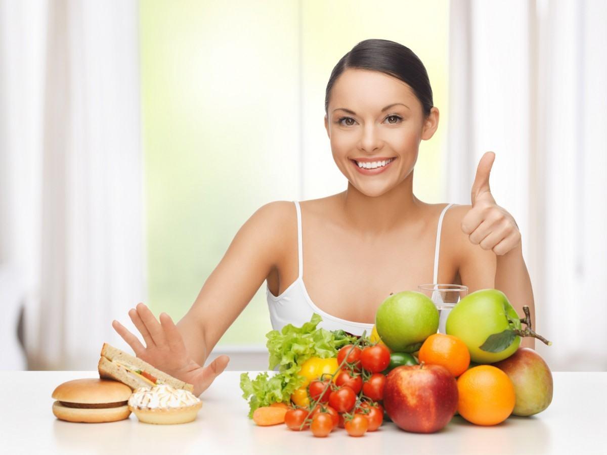 Chế Độ Ăn Uống Khoa Học Dành Cho Da Bị Mụn