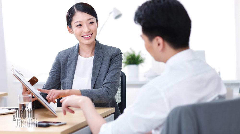 Kỹ năng giao tiếp ứng xử với cấp trên thông minh và khéo léo nhất